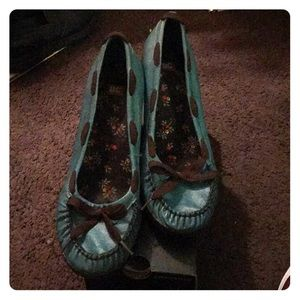 Moccasin style wedges
